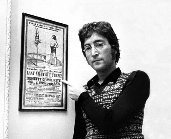 john-lennon-mr-kite-poster_01-580x471